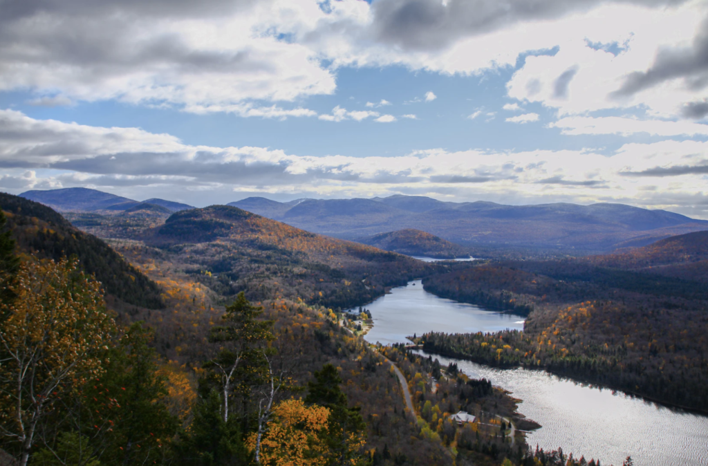 Best Electric Scenic Drives to See Fall Foliage